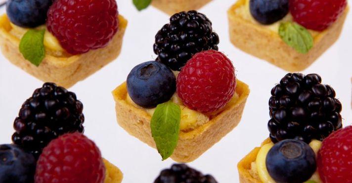 wedding food delicious tarts cake alternative