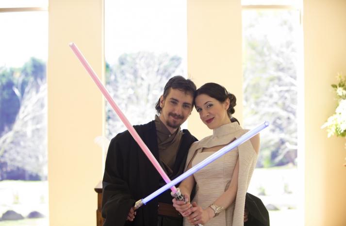 Halloween wedding inspiration Best costumed couples Star Wars