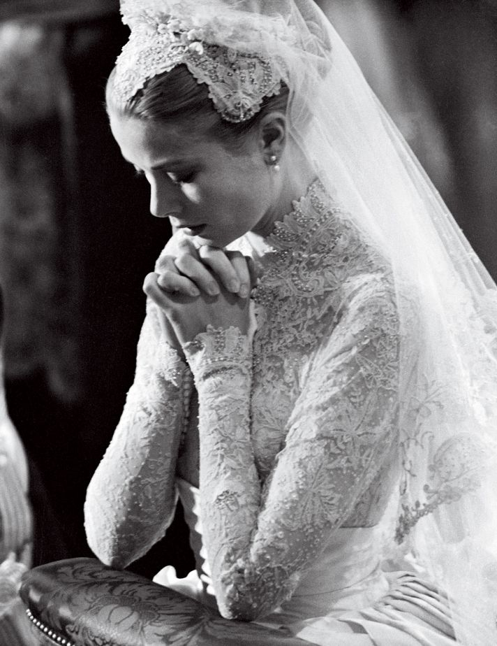Wedding Fashion by Vogue brides through history 5