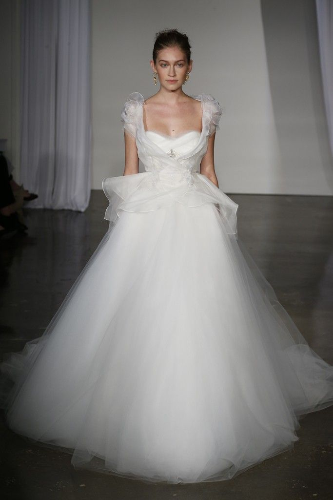 Fall 2013 wedding dress Marchesa bridal 7
