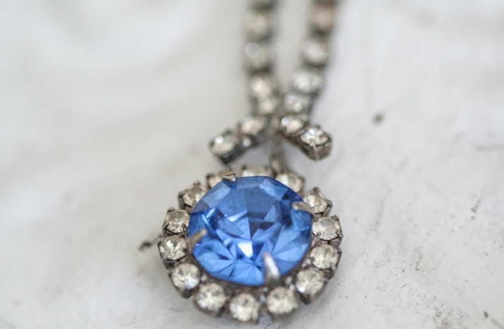 Something Blue for the Bride Splurge or Save 2