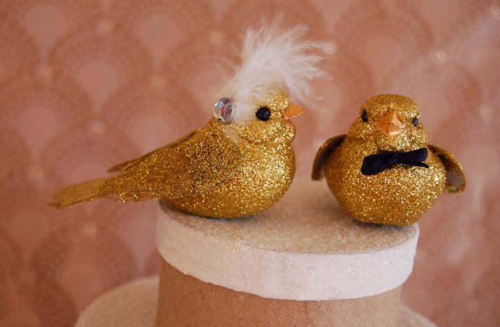 Glittery Gold Wedding Finds for Glam Handmade Weddings cake topper