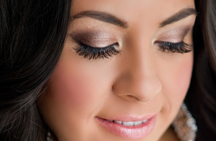 Wedding Makeup Inspiration Dramatic Eyes for the Bride 2