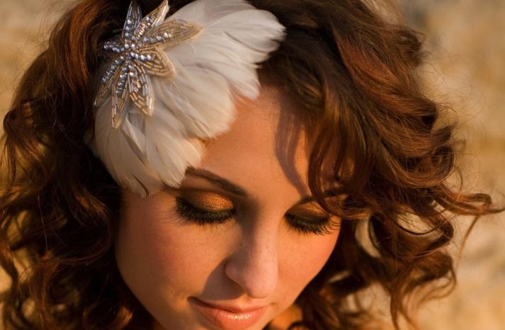 Feather Fascinator for Vintage Brides