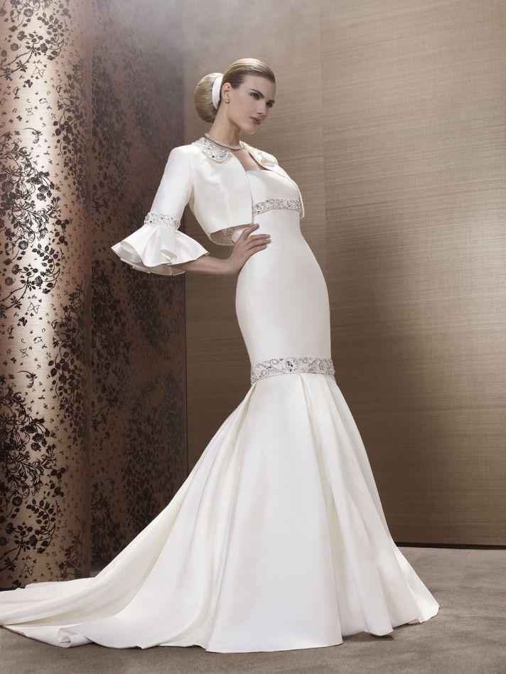2013 Wedding Dress by French Bridal Designer Elisabeth Barboza kj63