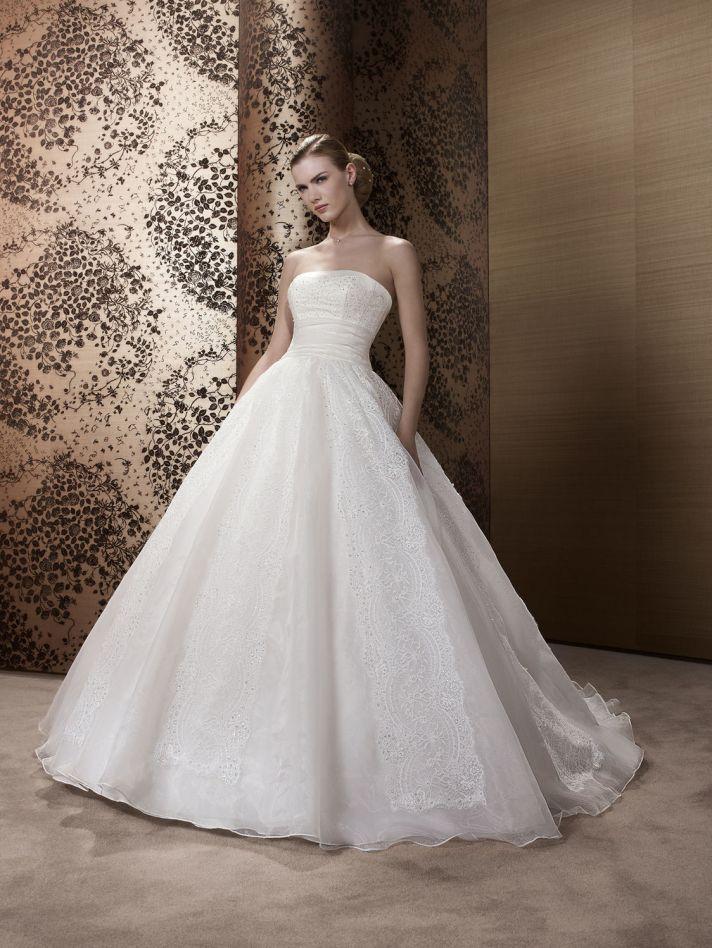 2013 Wedding Dress by Pronuptia Creations KE81