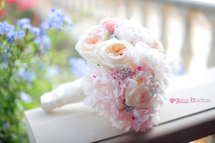 Romantic Rose and Peony Bridal Bouquet