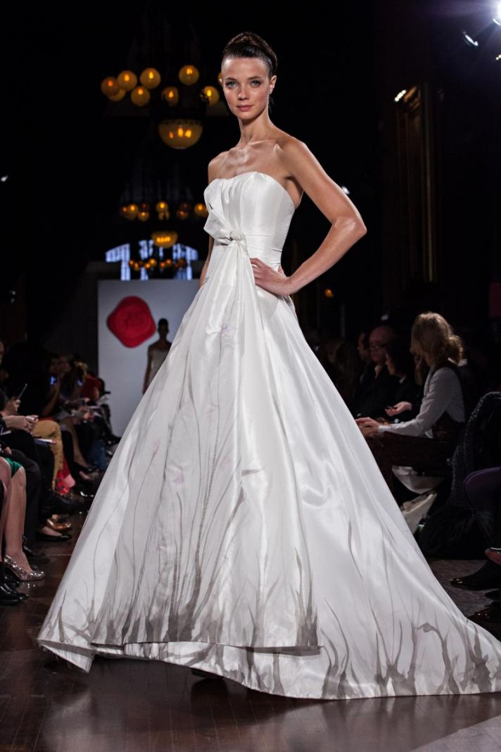 Austin Scarlett Does a Bride\'s Body Good! See the Debut Wedding ...