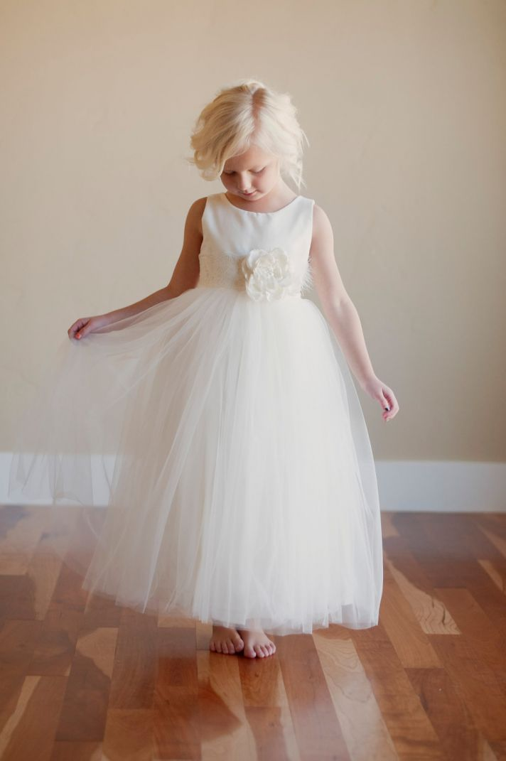 Wee chic the little girl wedding onewed for Little flower girl wedding dresses