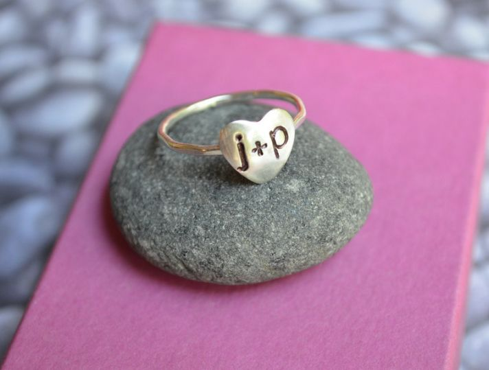 Sweet Valentines Day Gift Ideas for Nearlyweds