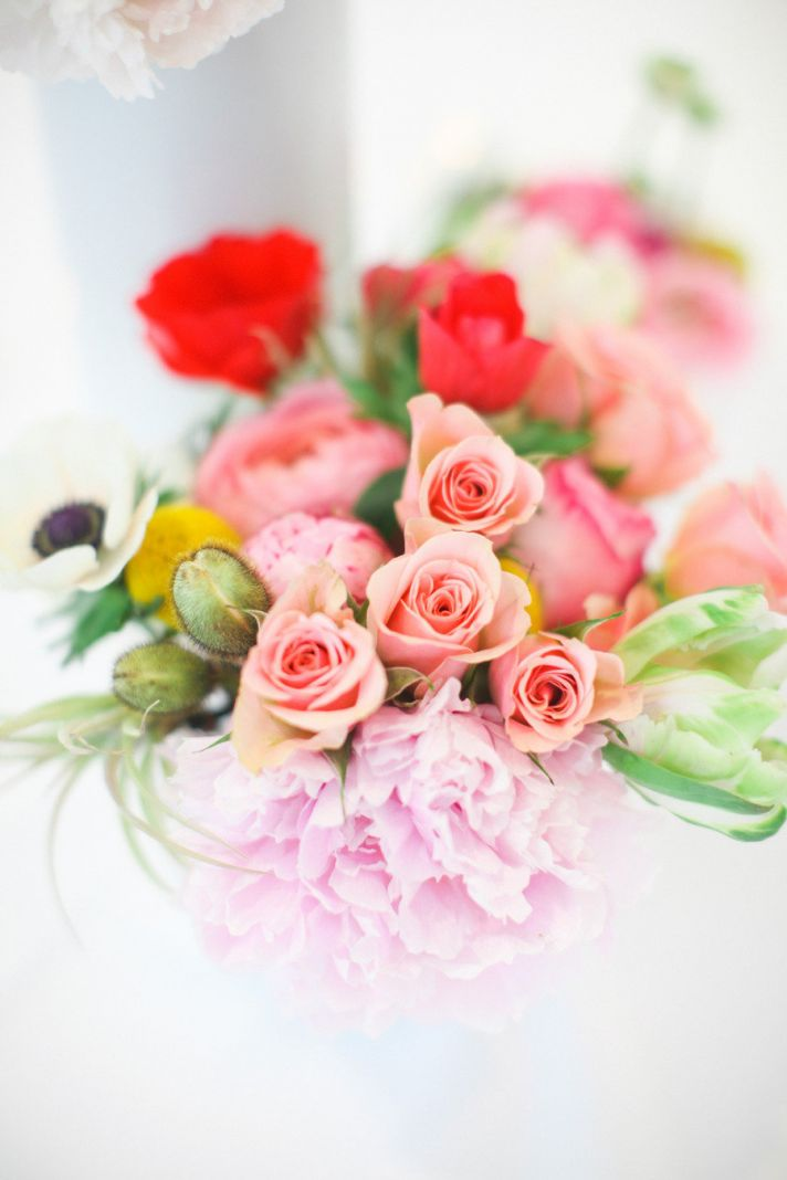 Romantic Wedding Color Palette with Peach Red Lilac Green