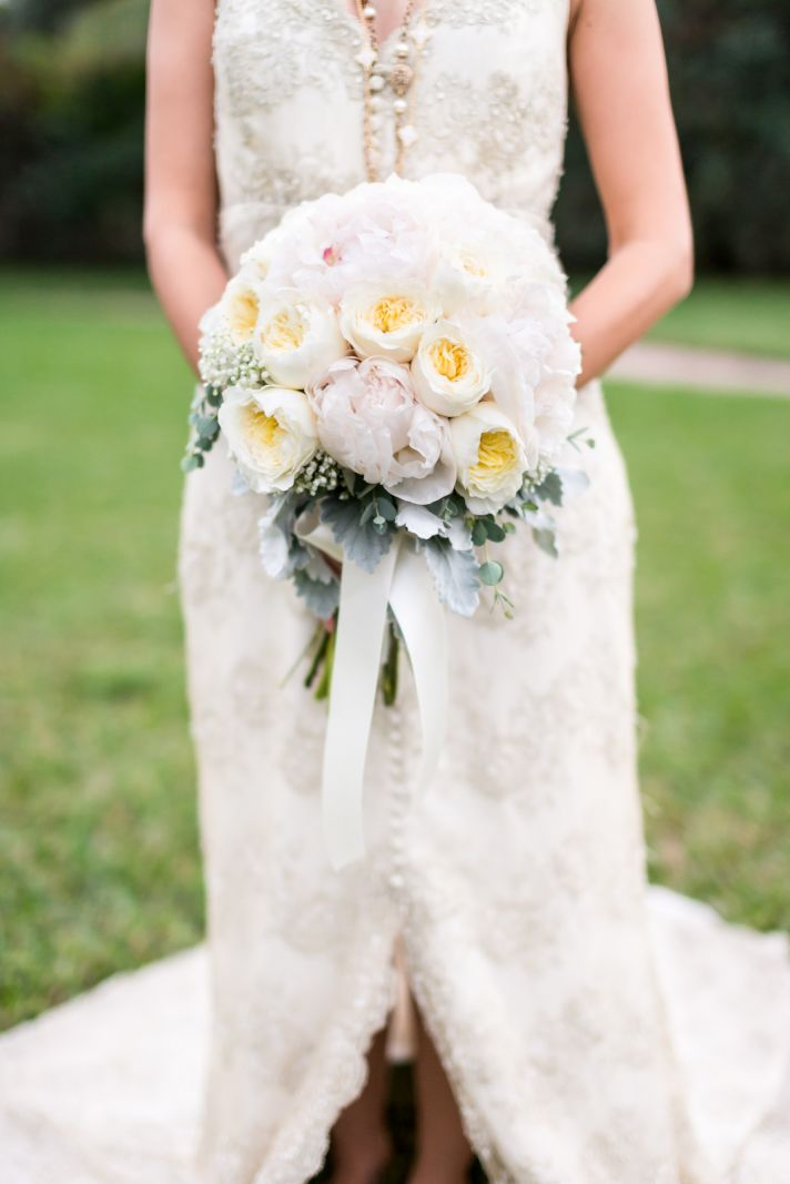 Anna Karenina Wedding Inspiration Romantic Lace Bridal Gown Dreamy Bouquet