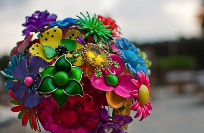 Neon vintage wedding brooch bouquet