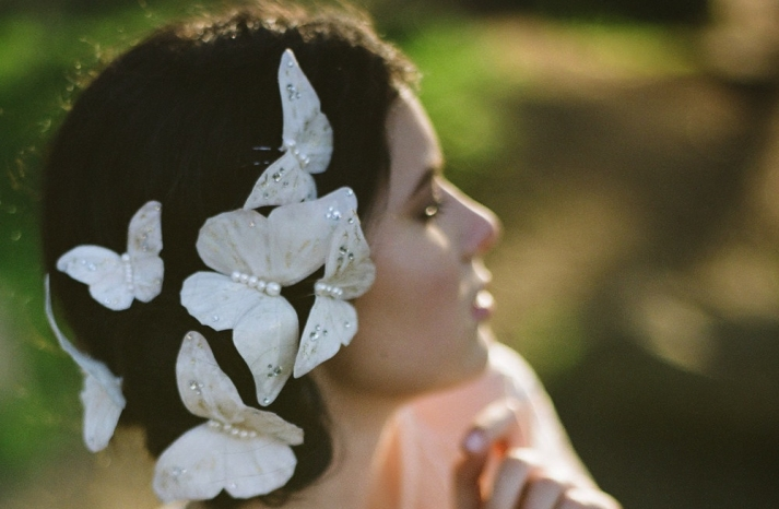 Madame Butterfly wedding hair accesnts