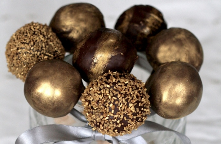Gilded chocolate cake pops