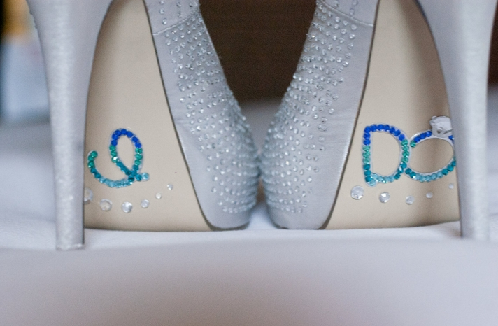 Something blue for budget brides 13