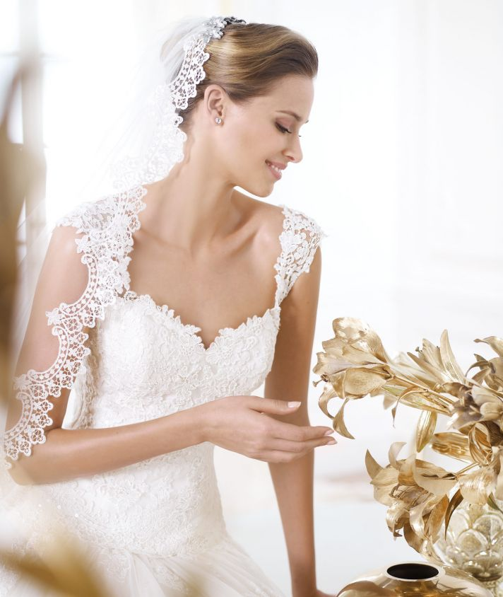 Pronovias wedding dress pre 2014 Glamour bridal collection Layanne