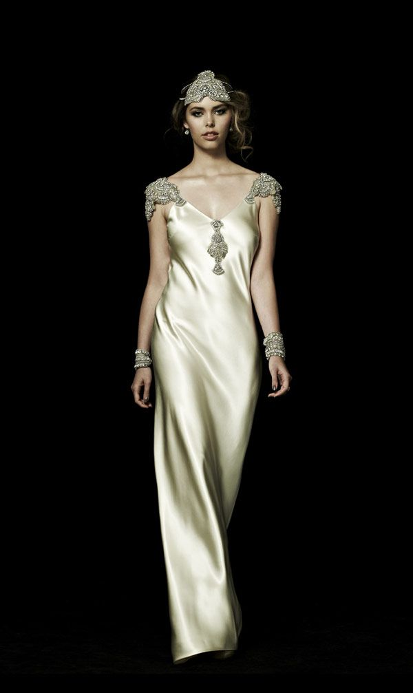 Bride Chic 5 Trends for Fall 2014 Gatsby Inspired Johanna Johnson Weddding Dress Zephyr