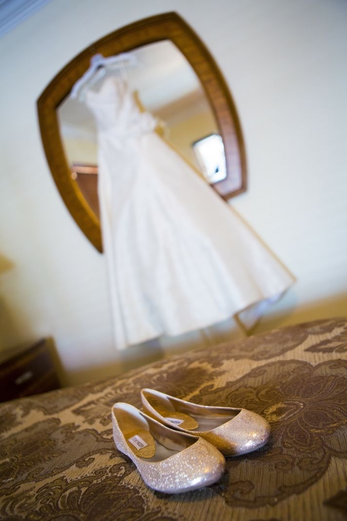 Real Wedding in St Augustine Florida makeup palette and champagne