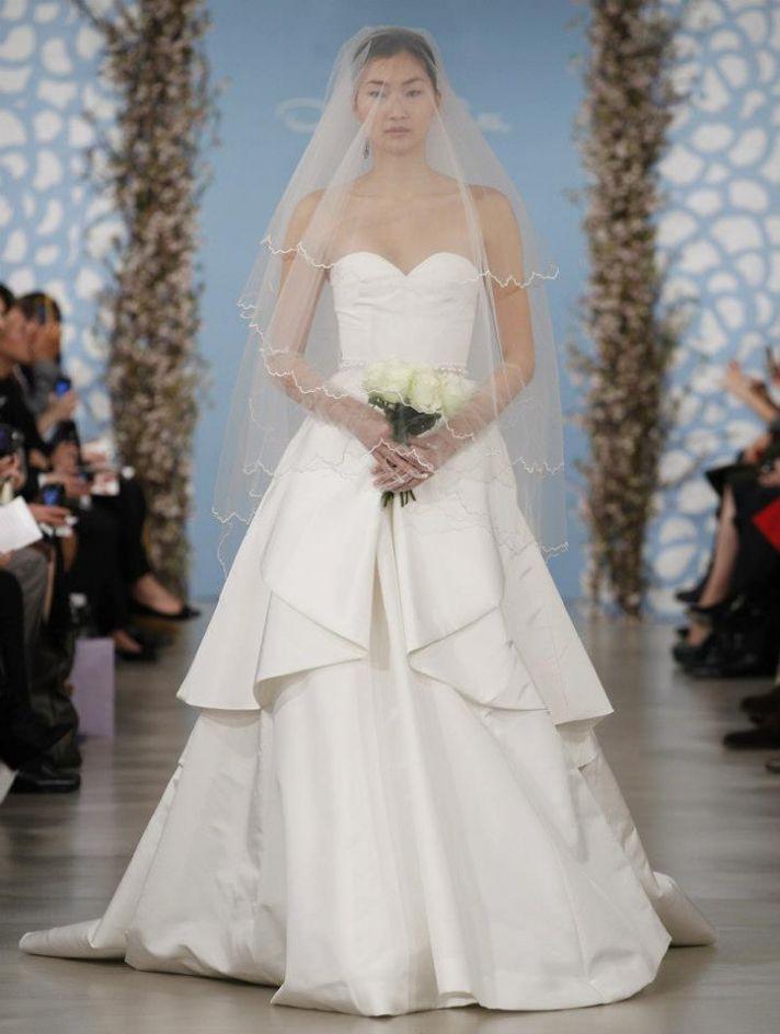 Wedding Dress by Oscar de la Renta Spring 2014 Bridal 12