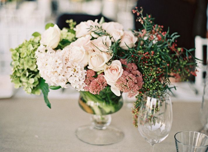 vintage romance rose hydrangea wedding centerpiece