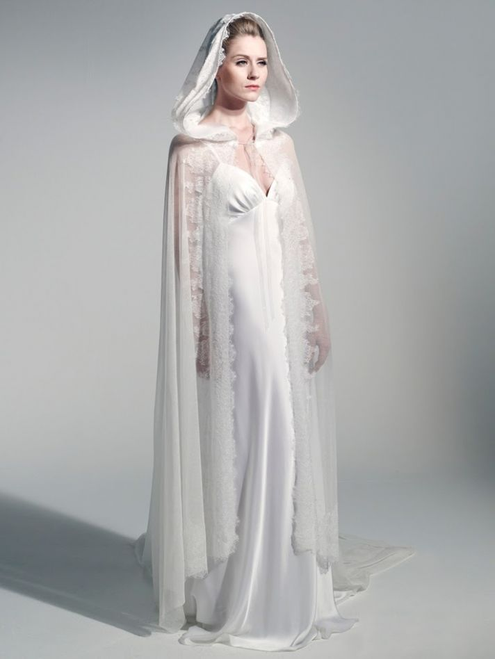 Salute to french designers onewed for Wedding dress with a cape