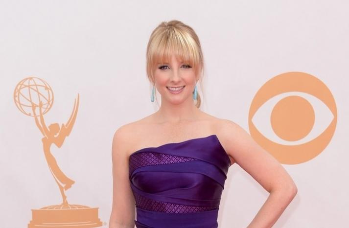2013 Emmys wedding hair and makeup inspiration Melissa Rauch