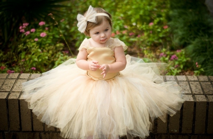 buttercup tulle flower girl dress