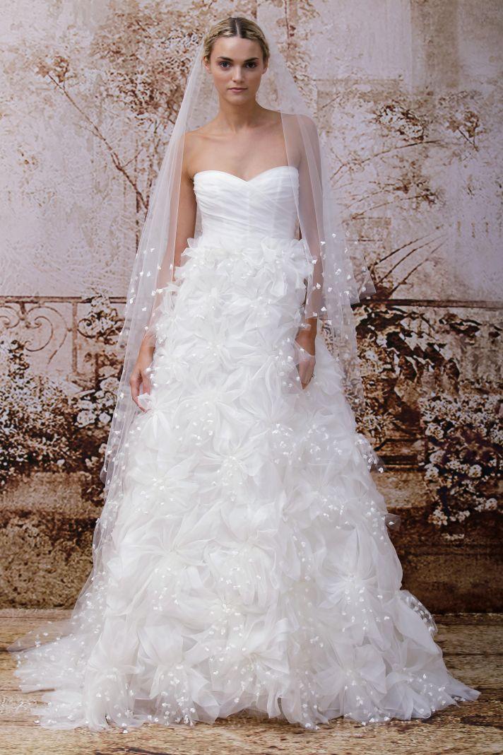 Petal adorned wedding veil coordinating with the monique lhuillier dress