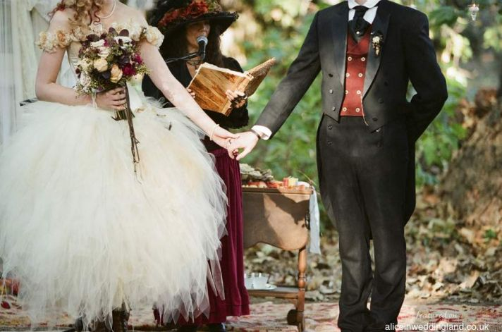 Steam Punk Wedding Dress 23 Lovely Rustic Steampunk wedding party