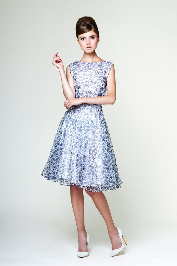 ladylike bridesmaid dress with blue floral print