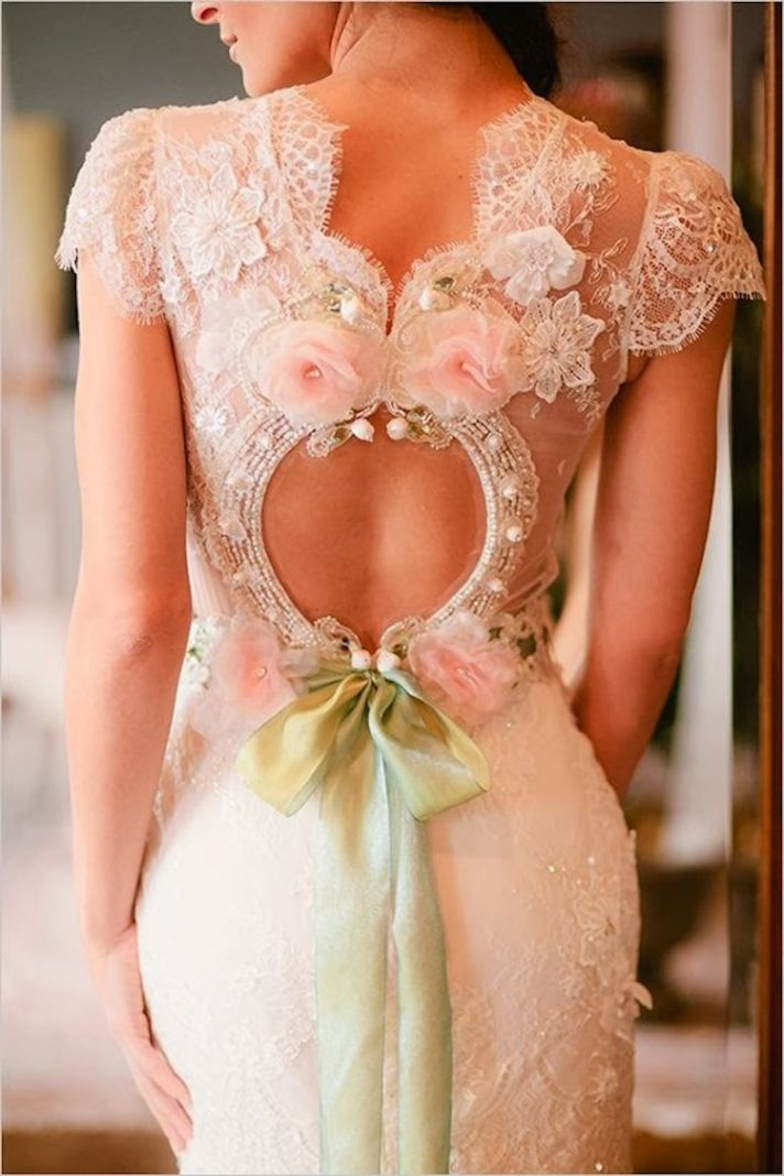 Claire Pettibone via The Wedding Chicks