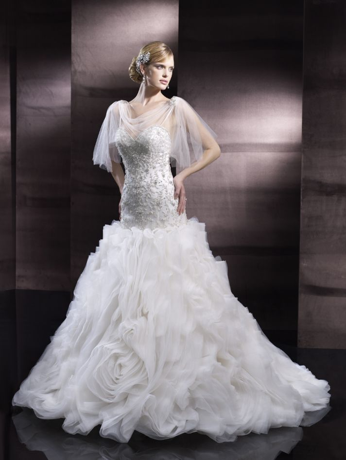 Full skirt wedding gown from Moonlight Couture