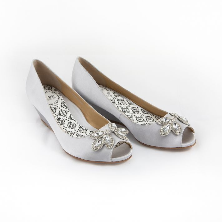 Grey bridal flats with shoe clip