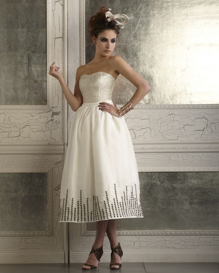 Della Giovanna Taylor Corset and Skylar Skirt