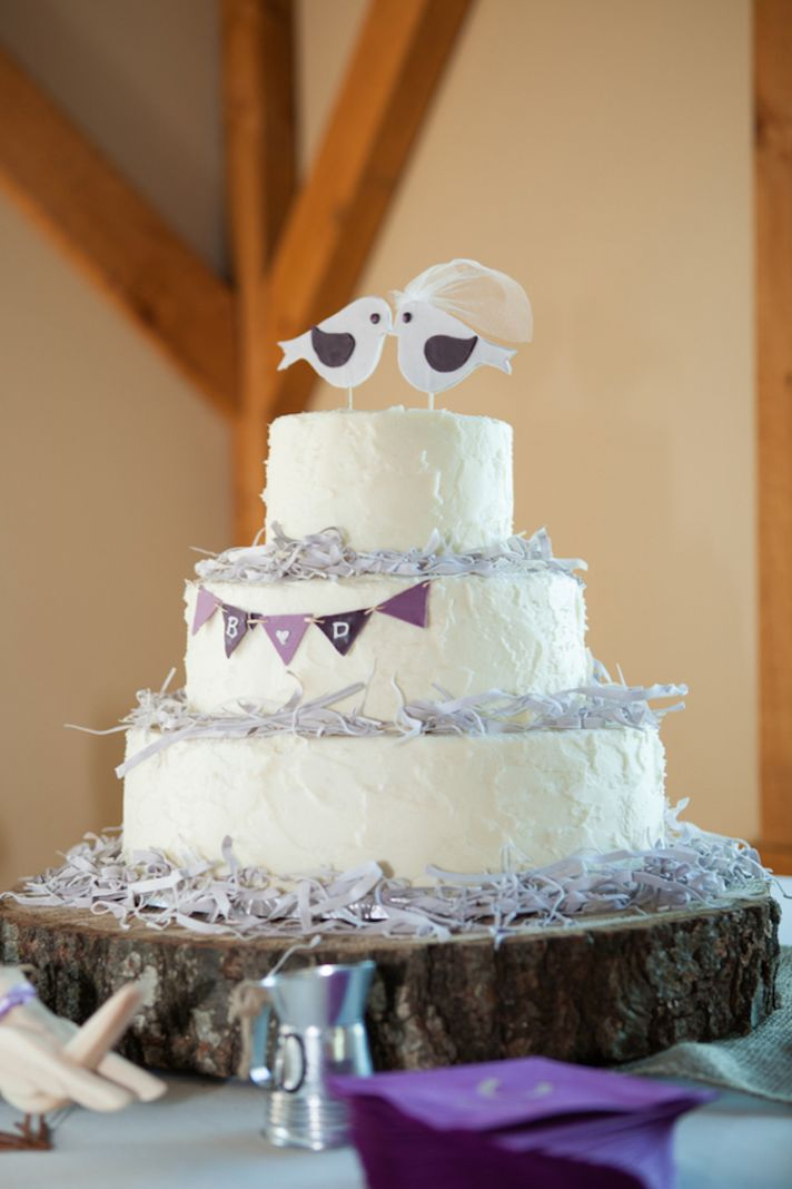 Rustic love birds wedding cake