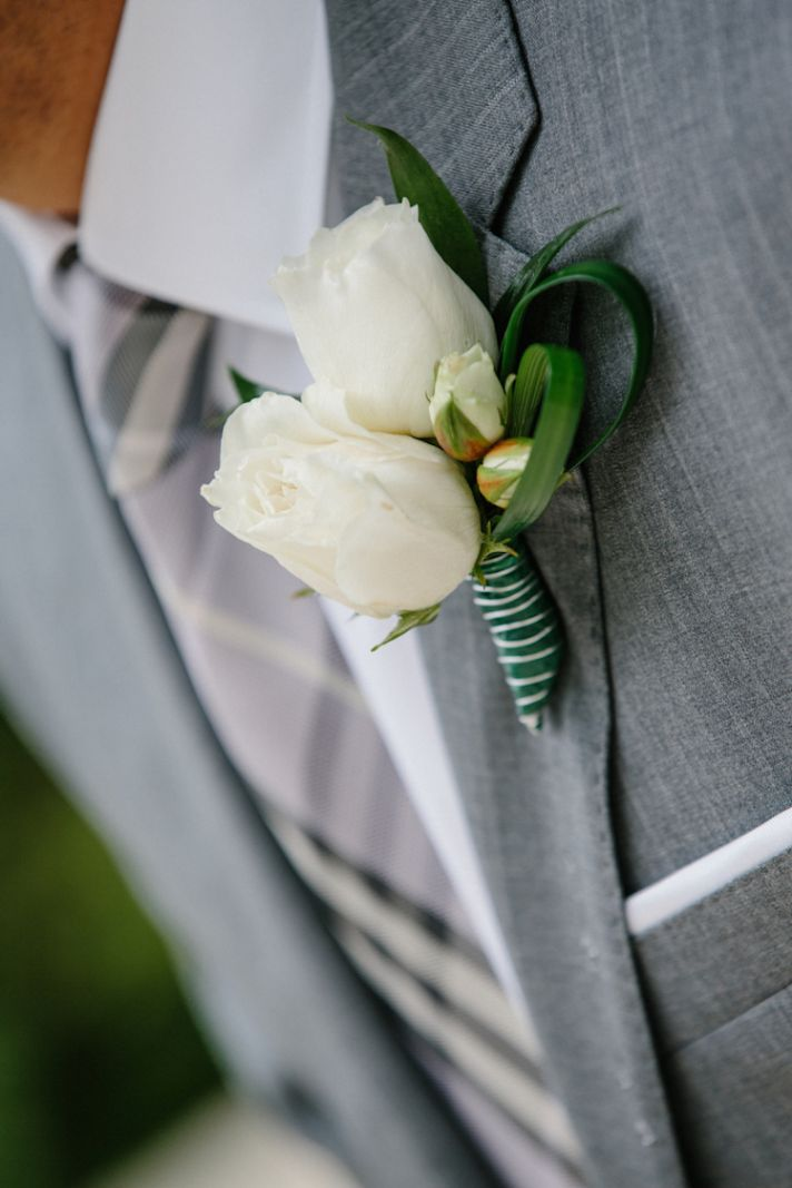 Classic white groom's boutonniere
