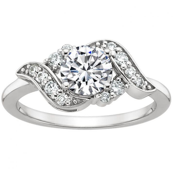 Retro Inspired Swirling Diamond Ring