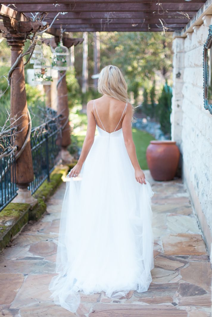 Wedding Dresses With Low Back