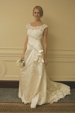 Carmella wedding dresses for Sell your wedding dress fast