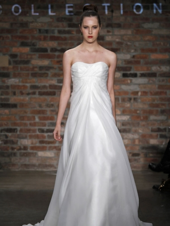 Vineyard collection wedding dress style pressley onewed for Vineyard wedding dresses